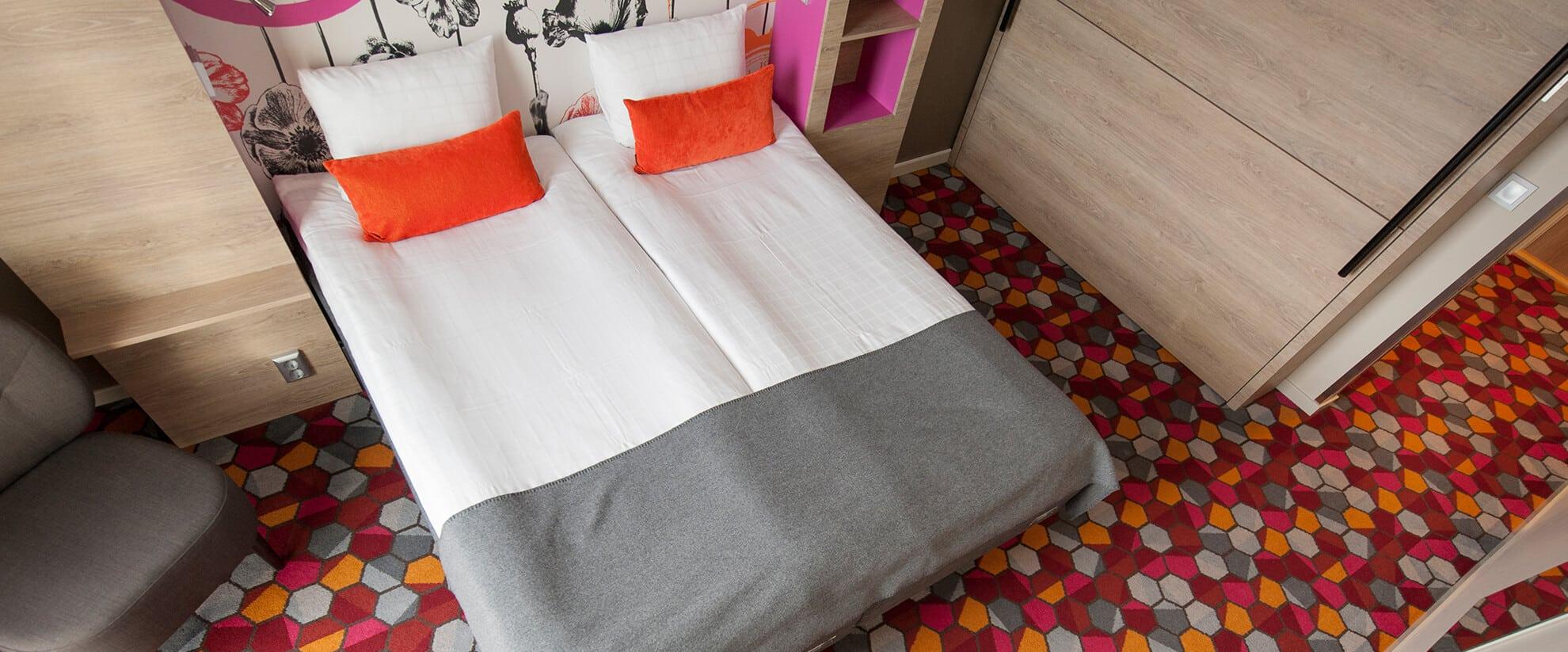 Dansk Wilton carpet solutions for Motel L in Stockholm