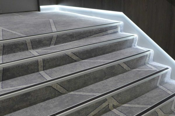 Dansk Wilton carpet solution for the stairs at the hotel Le Meridien Nice