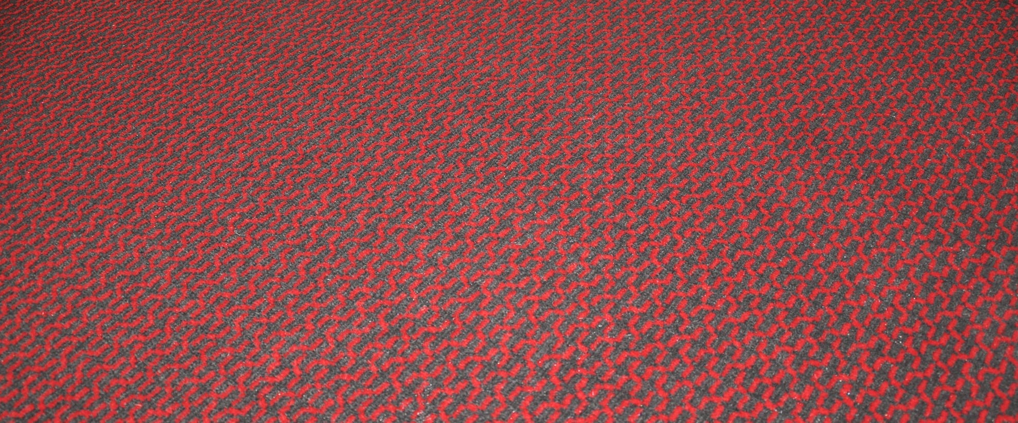 Get inspired by the contrast graffics for your carpet solutions from Dansk Wilton