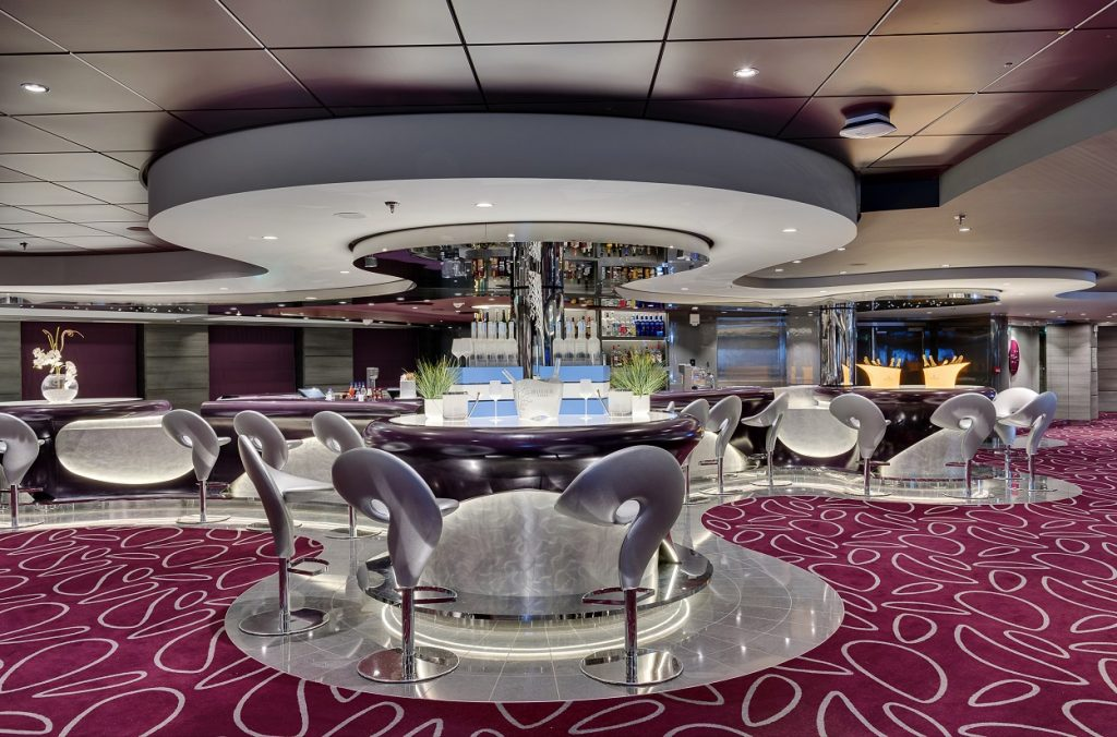 MSC Meraviglia Infinity Bar with carpets for cruise ships from Dansk Wilton