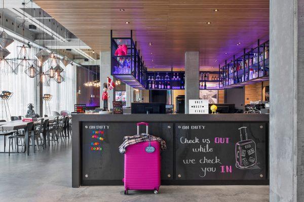 MOXY Copenhagen Lobby inspiration - Dansk Wilton