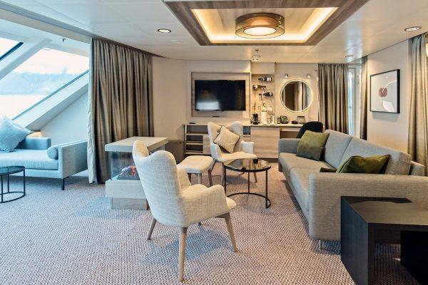 Dansk Wilton - Roald Amundsen - Carpet Design - Corner Suites - Agurtxane Consellon - 1