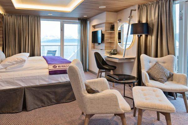 Dansk Wilton - roald amundsen - Corner Suite With Balcony