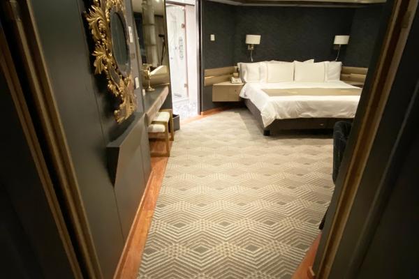 Dansk Wilton - Zuiderdam - Pinnacle Suite - ORIGIN Carpet - Corridor