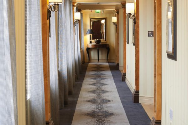 HotelKämp_corridorcarpet
