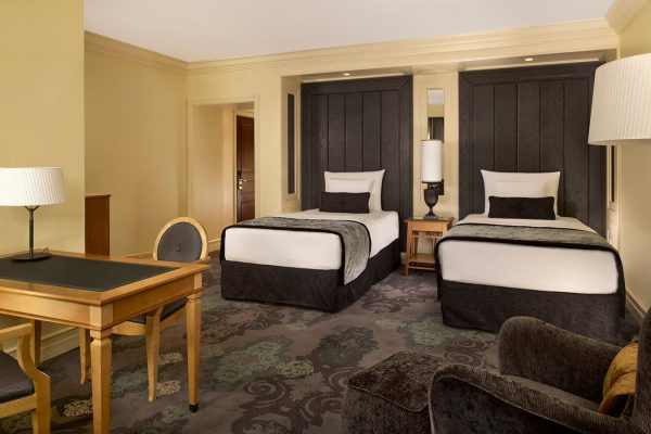 hotel_kamp_twin_room_1600x900